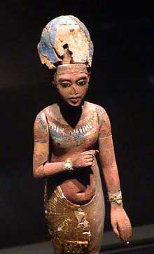 Statuette en bois d'Akhenaton – Aménophis IV. (XVIIIè dynastie, 1379 – 1362). Musée de Berlin. (Site Egypte antique)