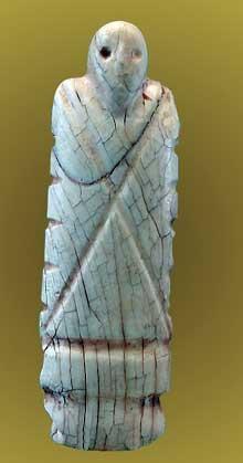 Egypte, culture de Nagada I: statuette de vieillard. Musée du Louvre. (Site Egypte antique)
