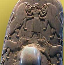 Egypte, culture de Nagada III: le couteau de Gebel el-Arak. Détail de la poignée. Paris, musée du Louvre. (Site Egypte antique)