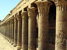 Philae: le portique. (Site Egypte antique)