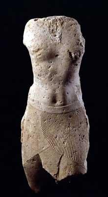 Ptolémée Évergète Ier. Calcaire, 85cm. Musée du Louvre, donation Rodin. (Histoire de l'Egypte ancienne)