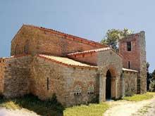 Santa Maria de Bendones: l'église. 792-842