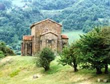 Santa Cristina de Lena: l'église. Vue gé,érale. Vers 845