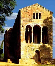 Santa Maria del Naranco: vue générale. Vers 845
