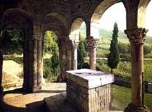 Santa Maria del Naranco: la salle d'audience. Vers 845