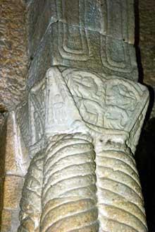 Santa Maria del Naranco. Chapiteau. Vers 845