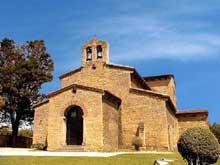 San Julian de los Prados à Santunallo: l'église. Façade occidentale. Vers 840