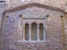 San Tirso près d'Oviedo. L'église. Epoque d'AlphonseII. Façade