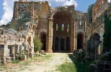 Moreruela, l'abbaye. Vue des ruines de l'abbatiale