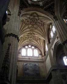 Salamanque, la cathédrale: le transept