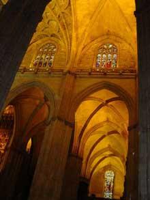 Séville: la cathédrale: la croisée