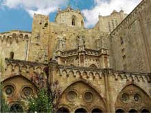 Tarragone: la cathédrale, chevet et tour de croisée