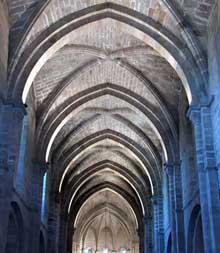 L'abbaye de Veruela. nef de l'abbatiale
