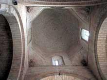Fromista: église saint Martin. La croisée et la coupole.
