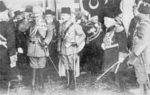 L'empereur GuillaumeII, Enver Pacha et le sultan de Turquie Mohamed V Rechad en 1914