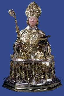 Buste de saint Lambert réalisé à Aix-la-Chapelle par l'orfèvre Hans von Reutlingen, avant 1512. Argent repoussé et ciselé, en grande partie doré. 159 x 107 x 79 cm. Trésor de la cathédrale de Liège. (Histoire de l'art - Quattrocento