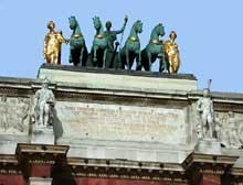 Charles Percier et Pierre Fontaine: l'arc de Triomphe du Carrousel à Paris. Le quadrige
