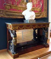 Pierre Philippe Thomire: console. Vers 1800-1806. Paris, musée du Louvre