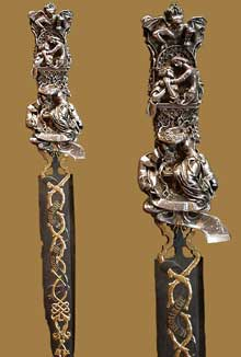 Félicie de Fauveau: Dague. Argent oxydé, Acier, Incrustations d'or. Paris, Musée du Louvre