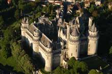 Eugène Viollet-le-Duc (1814-1872): le château de Pierrefonds
