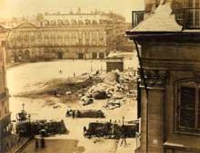 André Adolphe Eugène Disderi (1829-1889): la chute de la colonne Vendôme lors de la commune de Paris