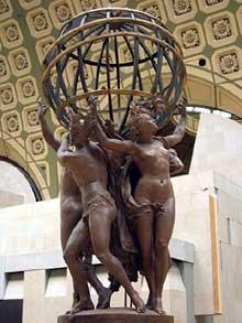 Jean-Baptiste Carpeaux: les quatre parties du monde soutenant la sphère céleste. 1868. plâtre gomme laqué. 2,8 x 1,77 m. Paris, Musée d'Orsay