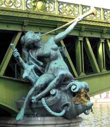 Jean Antoine Injalbert: l'abondance. Paris, pont Mirabeau