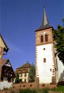 Albé: autour de l'église... (La maison alsacienne)