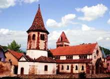 Avolsheim: le groupe baptistère et église saint Ulrich