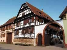 Dachstein; ferme Willem au 99 rue du Couvent, du XVIIIè. Une des plus belles maisons traditionnelles du village.  (La maison alsacienne)