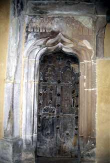 Domfessel: l'église paroissiale. La porte de la sacristie