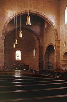 Eschau: la nef de saint Trophime