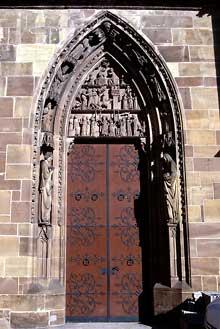 Niederhaslach: saint Florent, le portail