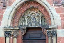 Neuwiller les Saverne, église saints Pierre te Paul: le portail nord