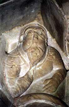 Rosheim: église saints Pierre et Paul: chapiteau