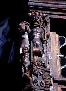 Saverne: la taverne Katz, détail de l'oriel. (La maison alsacienne)