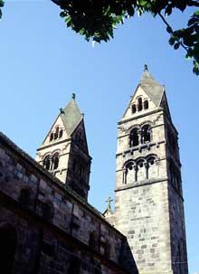 Sélestat: Sainte Foy: les tours de la façade occidentale