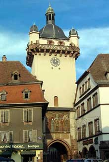 Sélestat: la Tour Neuve. (La maison alsacienne)