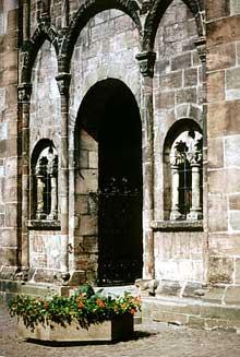 Sélestat, église sainte Foy. Le porche