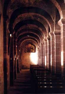 Saint Jean les Saverne: l'église saint Jean Baptiste. Bas côté sud