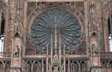 Strasbourg, cathédrale: la grande rose de la façade