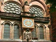 Strasbourg, cathédrale: le transept sud et les deux roses