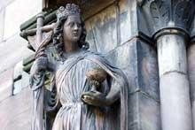 Strasbourg, cathédrale: portail sud: l'Eglise