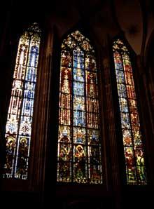 Strasbourg, cathédrale Notre Dame: verrière de la chapelle sainte Catherine, du XIVè