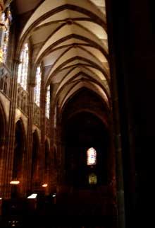 Strasbourg, cathédrale Notre Dame: le bas-côté sud