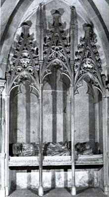 Strasbourg, cathédrale Notre Dame: le tombeau de Conrad de Lichtenberg