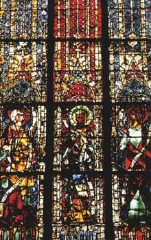 Strasbourg, cathédrale Notre Dame: chapelle sainte Catherine: verrière avec les saints Jacques le mineur, Jean et Thomas