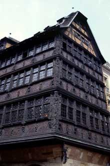 Strasbourg: la maison Kammerzell. (La maison alsacienne)