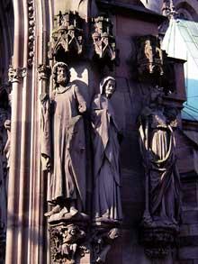 Strasbourg, Saint Pierre le Jeune: piédroit du portail d'Erwin