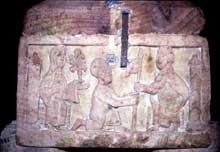 Strasbourg, saint Thomas: détail du sarcophage d'Adeloch